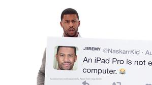 Apple iPad Tweets