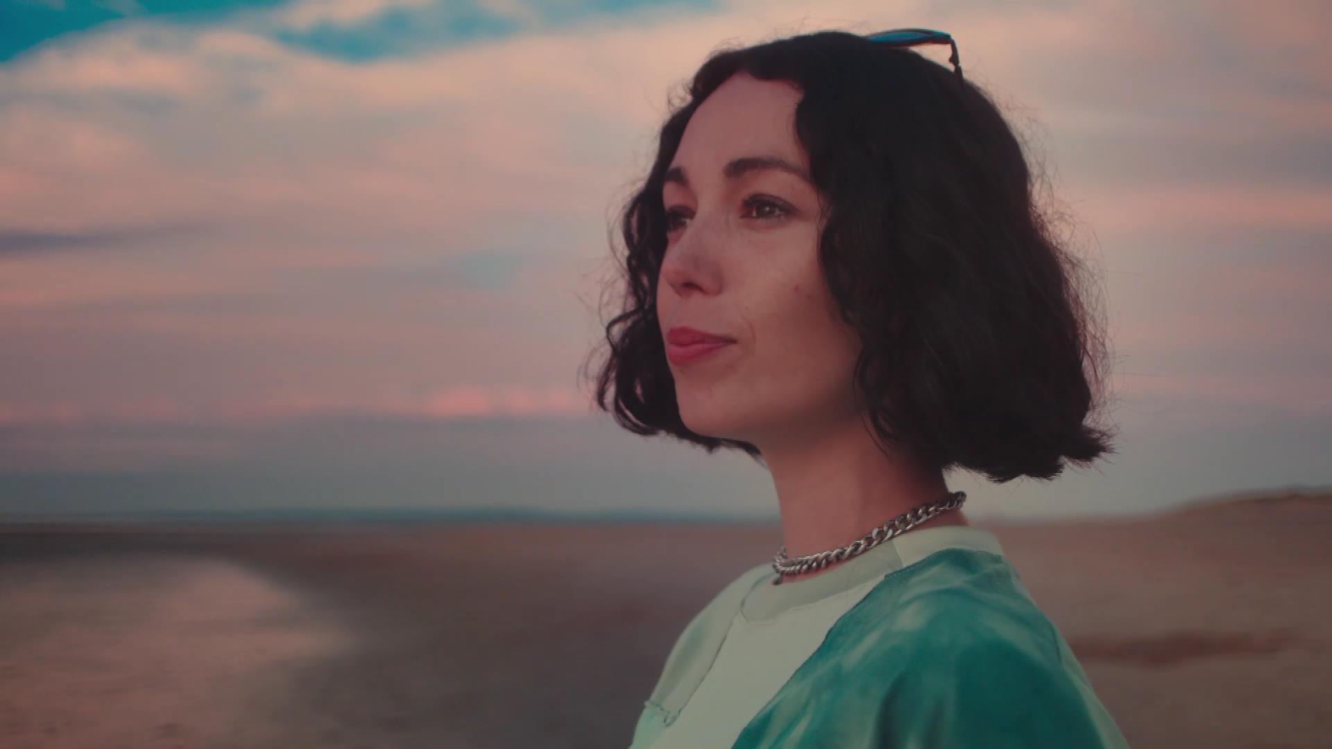 Corona Extra Kelly Lee Owens